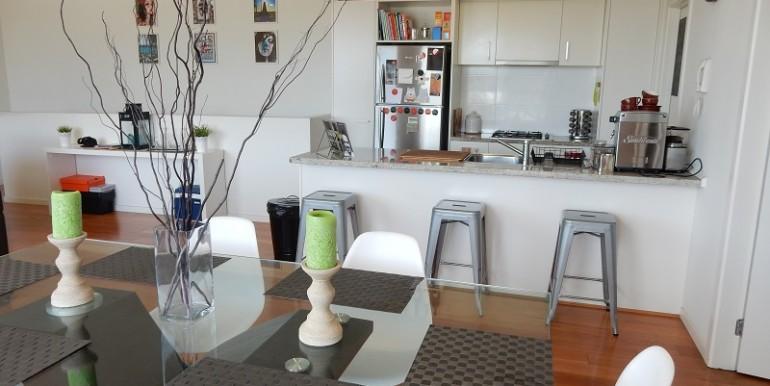 4 kitchen dining
