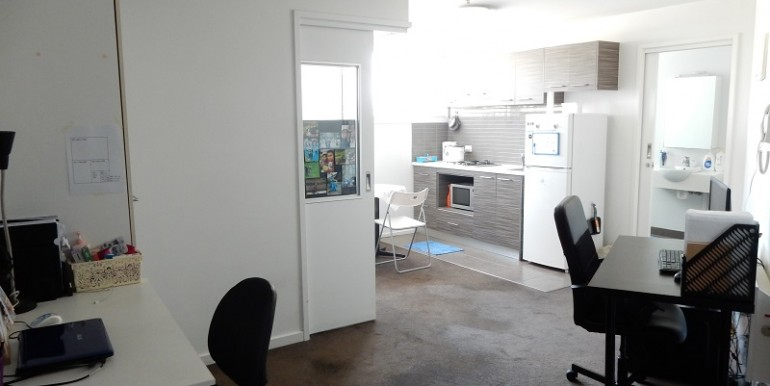 2 living kitchen