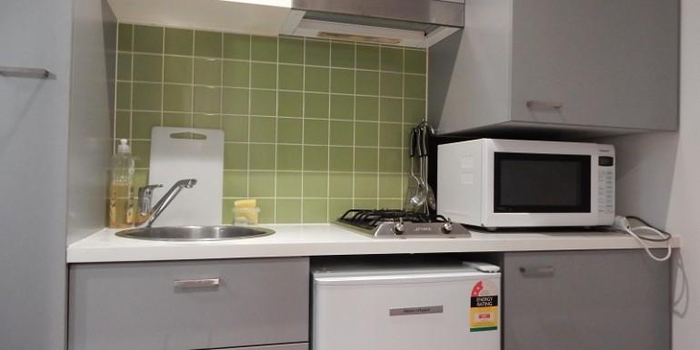 2_216 Kitchen