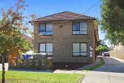 10/12 Carmichael St West Footscray