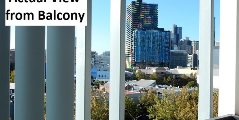 2 605 Balcony
