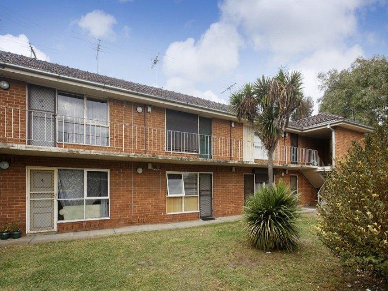 21/1 Hatfield Court West Footscray