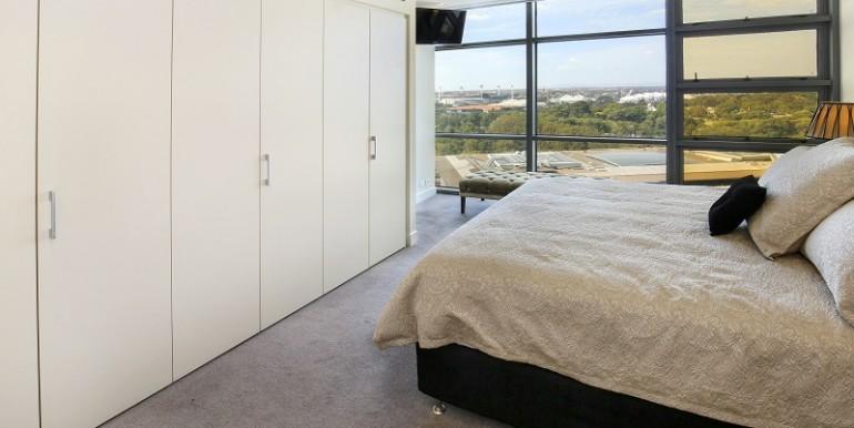 8 1802 Bedroom 1