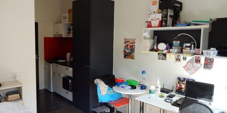 4 305 study to kitchen