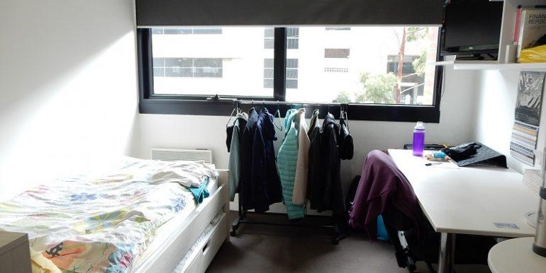 2 102 room
