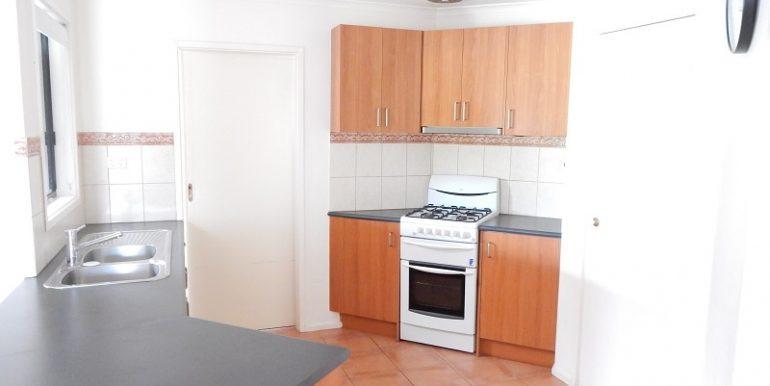 4 6 Athol kitchen