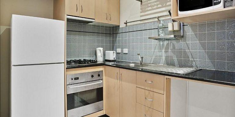 1 Main kitchen detail