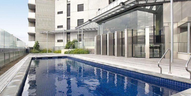 1 Main 607 pool