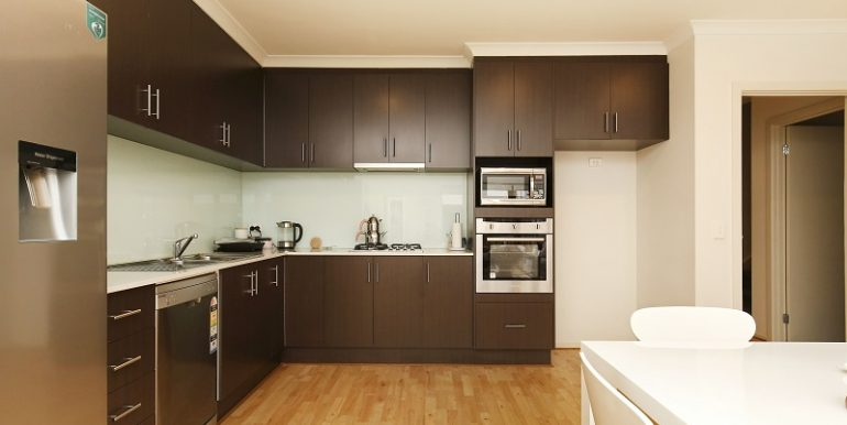 1 Main Kitchen