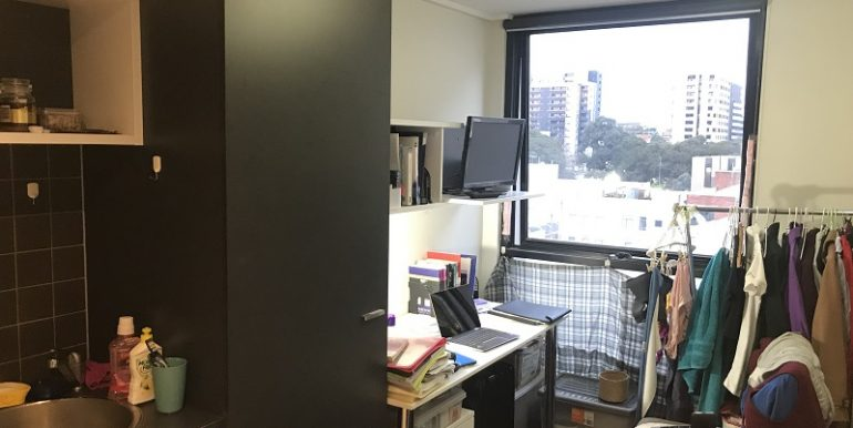 2 605 study view