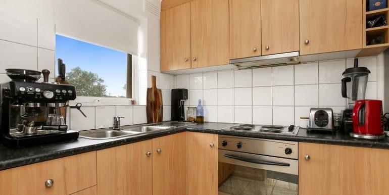 2 7 kitchen