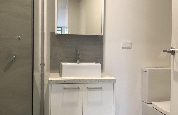 6 204 bathroom