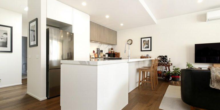 2 7 Desbrowe kitchen3