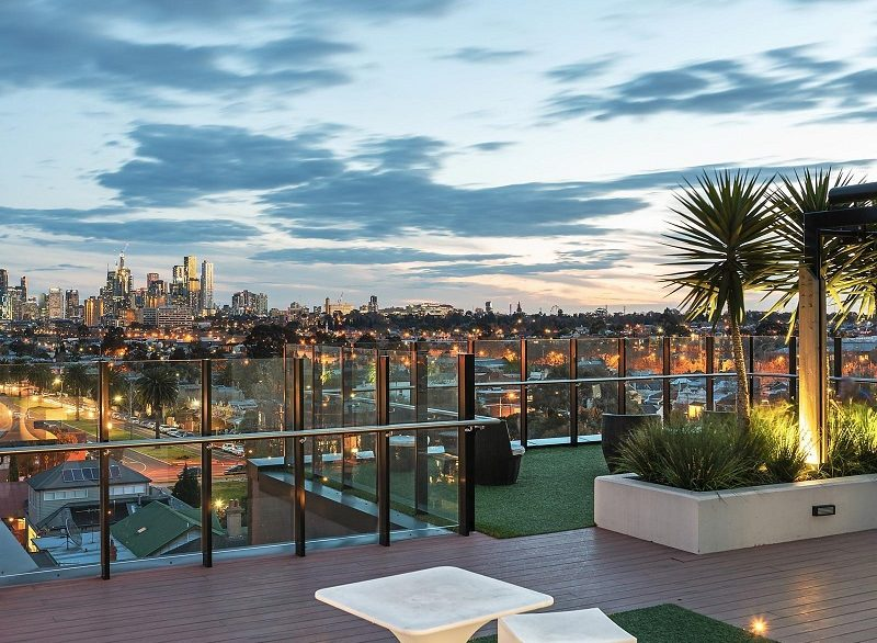 1 MAIN 503 rooftop deck