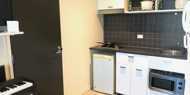 4 614 kitchen