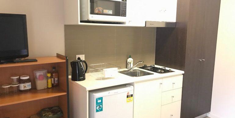 5 kitchen 2