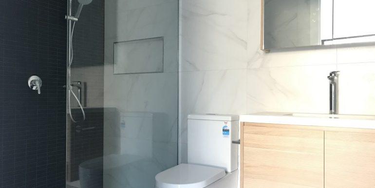 9 New Bathroom