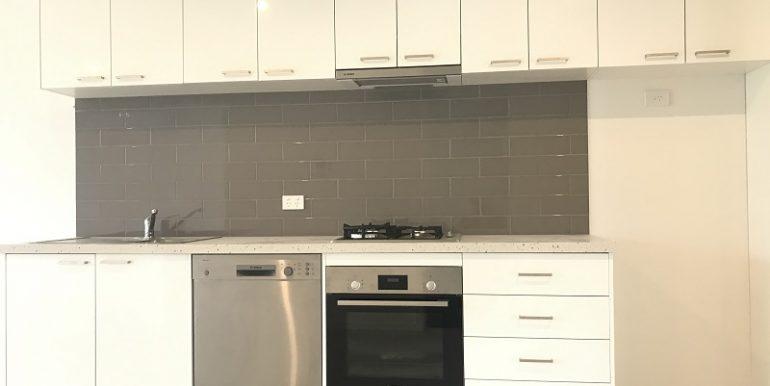 8 304 kitchen