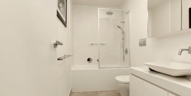 12 7 Desbrowe bath
