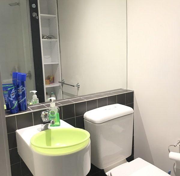 10 605 Bath