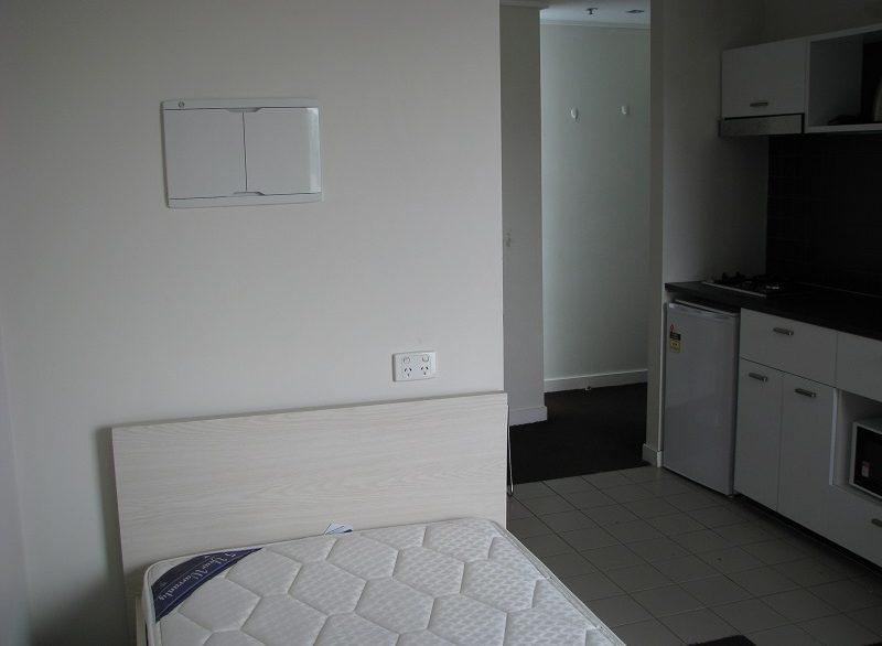7 605 Bed Kitchen